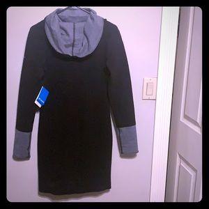 ⭕️ Columbia Reversible Sweater Dress. ⭕️